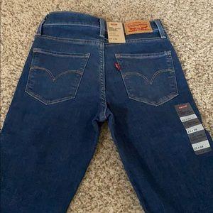 Women's Levi's 720 skinny jeans